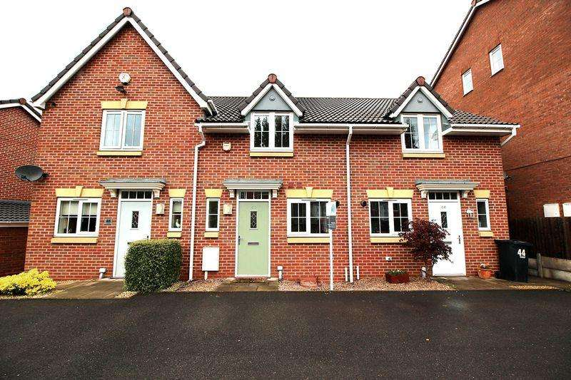 2 Bedrooms Terraced House for rent in The Breeze, Brierley Hill