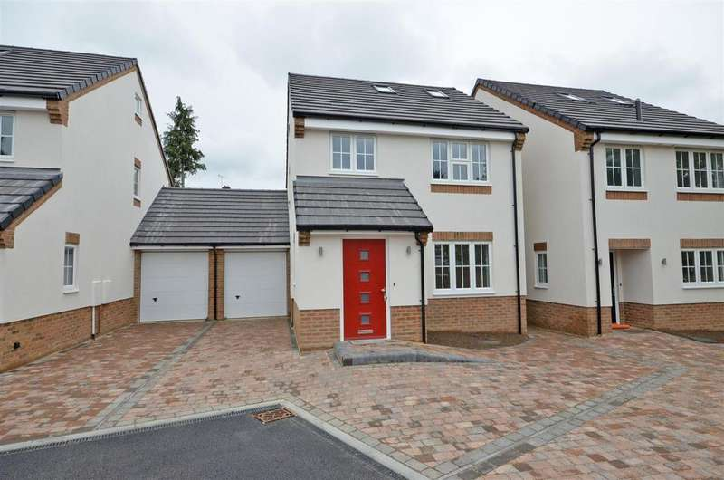 3 Bedrooms Detached House for sale in Close Place, 10 min walk to Luton Train Station