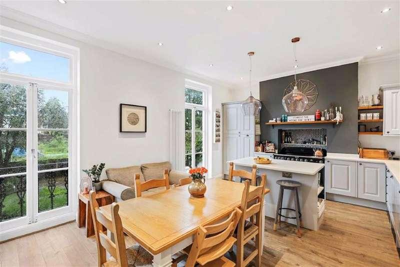 3 Bedrooms Flat for sale in Longton Grove, Sydenham