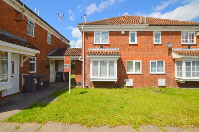 1 Bedroom Cluster House for sale in Milverton Green, Barton Hills, Luton, Bedfordshire, LU3 3XS