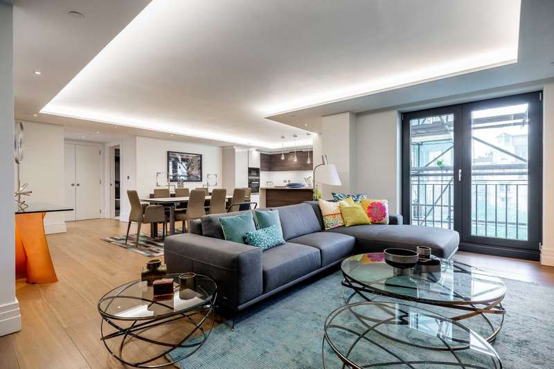 3 Bedrooms Apartment Flat for sale in Kensington Gardens Square, Bayswater W2