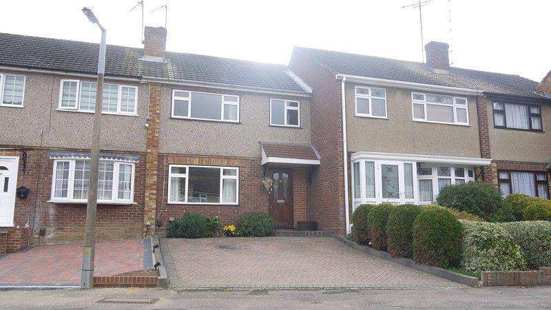 3 Bedrooms End Of Terrace House for rent in Honey Brook, Waltham Abbey, Essex. EN9