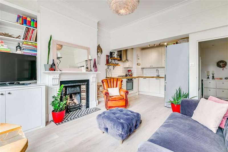 2 Bedrooms Flat for sale in Foxbourne Road, London, SW17