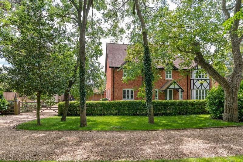 6 Bedrooms Detached House for sale in Green End Road, Great Barford, MK44