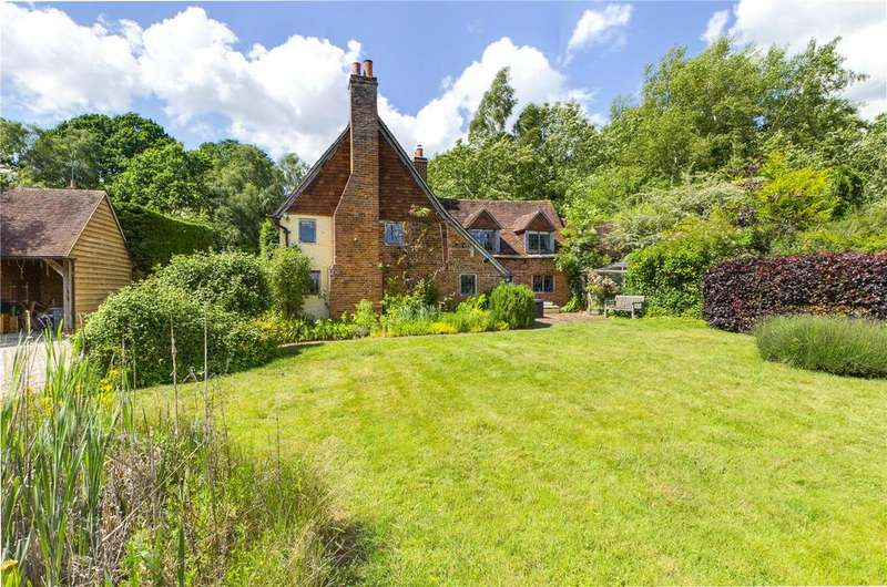 2 Bedrooms Detached House for sale in The Avenue, Bucklebury, Reading, Berkshire, RG7