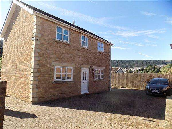 3 Bedrooms Detached House for sale in Tillery Road, Abertillery, NP13 1HY