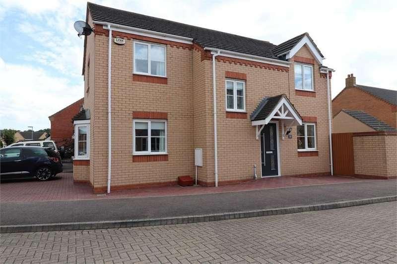 4 Bedrooms Detached House for sale in Brunel Drive, Biggleswade, Bedfordshire