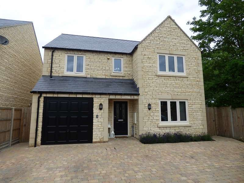 4 Bedrooms Detached House for sale in Winchester Close, Peterborough, Cambs. PE8 6UB