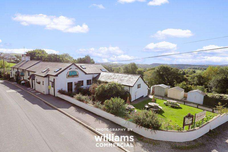 3 Bedrooms Unique Property for sale in Graigfechan, Ruthin