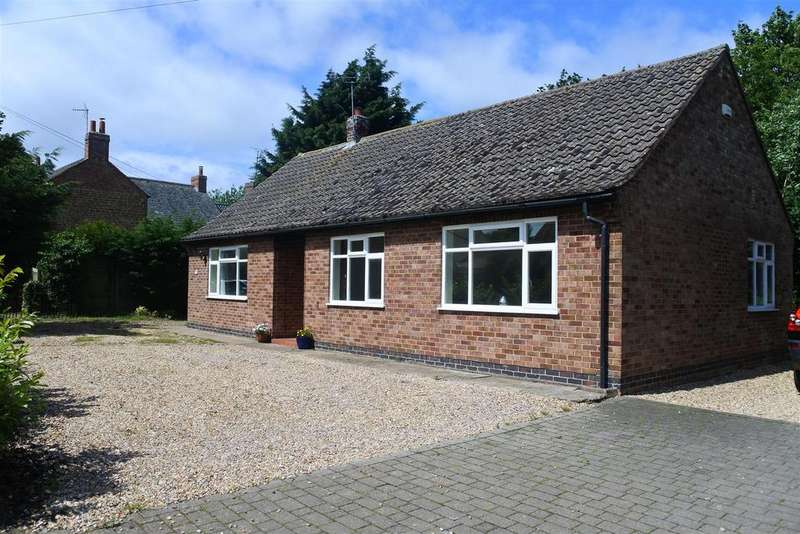 3 Bedrooms Detached Bungalow for sale in Main Street, Stathern, Melton Mowbray