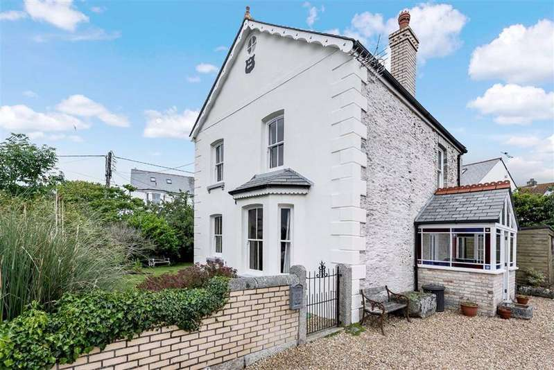 3 Bedrooms Detached House for sale in North Street, Tywardreath, Par, Cornwall, PL24