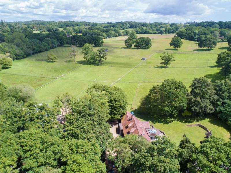 4 Bedrooms Equestrian Facility Character Property for sale in Linwood, Ringwood, BH24