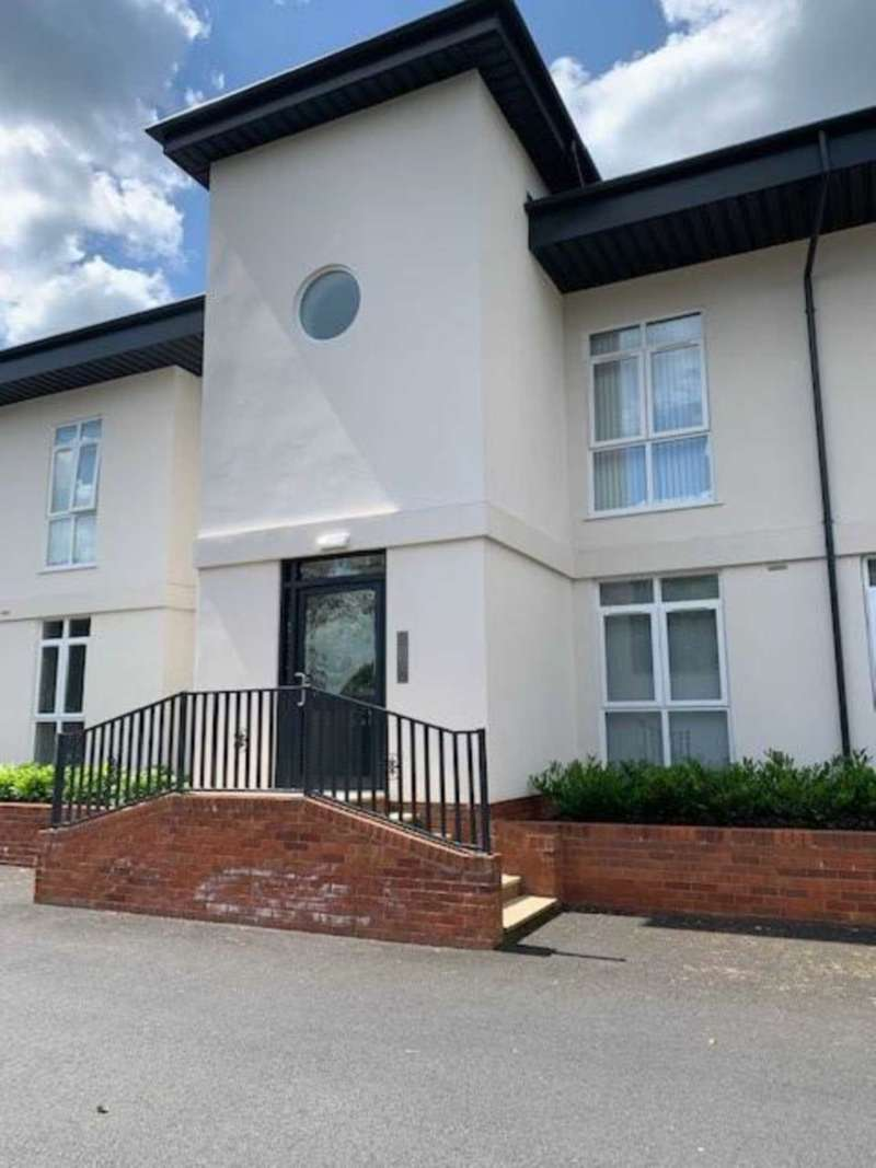 2 Bedrooms Semi Detached House for rent in Danescourt Manor, Wolverhampton