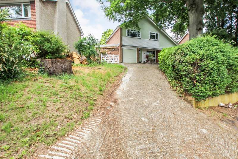 4 Bedrooms Detached House for sale in The Martins Drive, Leighton Buzzard