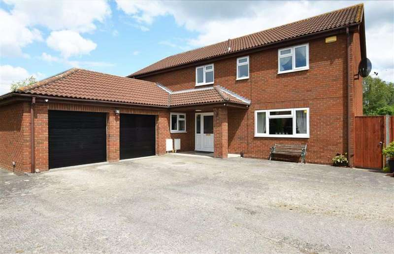 5 Bedrooms Detached House for sale in Westmead Road, Longlevens