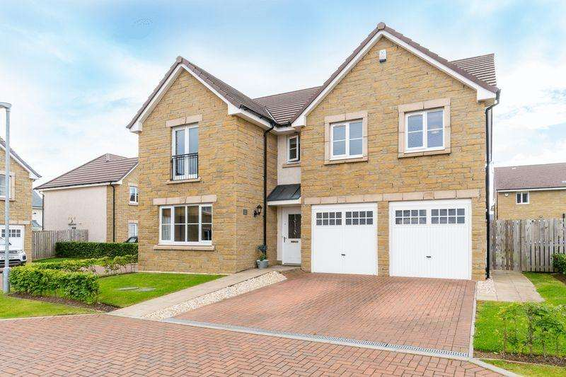 5 Bedrooms Detached Villa House for sale in 11 Commonwealth Drive, Troon KA10 7FA