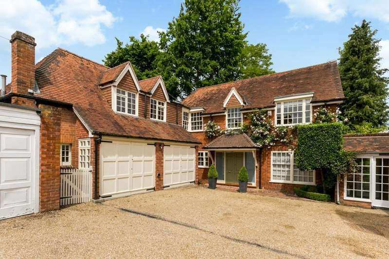 5 Bedrooms Detached House for sale in Pearson Road, Sonning, Reading, RG4