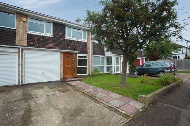 3 Bedrooms Terraced House for sale in Hall Close, Mill End, Rickmansworth, Hertfordshire