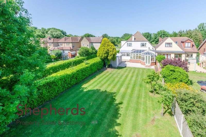 4 Bedrooms Semi Detached House for sale in Old Nazeing Road, Broxbourne, Hertfordshire, EN10