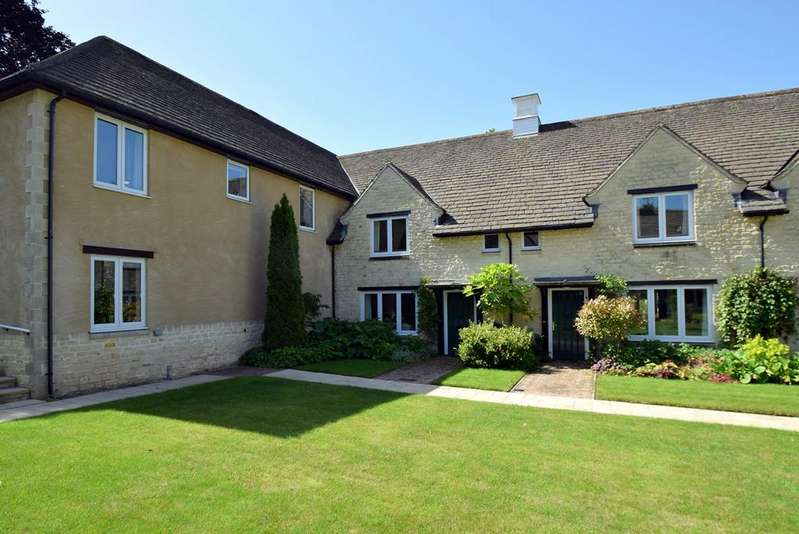 2 Bedrooms Retirement Property for sale in Butt Street, Minchinhampton, STROUD, GL6