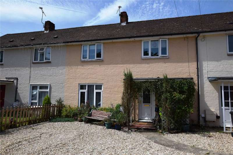 2 Bedrooms Terraced House for sale in Woodmans Lane, Burghfield Common, RG7