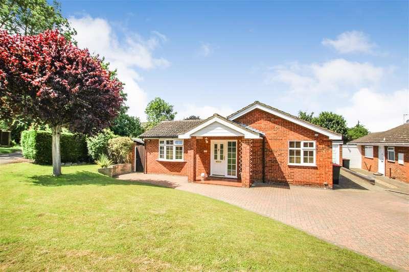 2 Bedrooms Detached Bungalow for sale in Grasmere Way, Leighton Buzzard