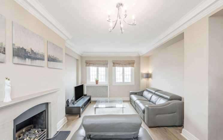3 Bedrooms Apartment Flat for sale in Baker Street, London