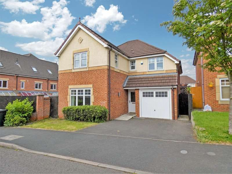 4 Bedrooms Detached House for sale in Rubin Drive, Crewe, Cheshire, CW1