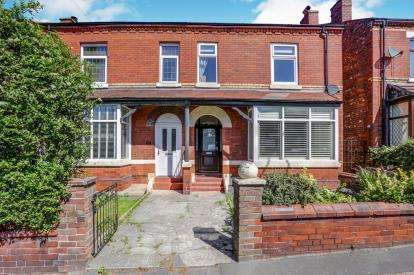 4 Bedrooms Semi Detached House for sale in Stockport Road West, Bredbury, Stockport, Cheshire