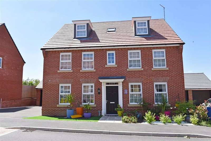 5 Bedrooms Detached House for sale in Moulton