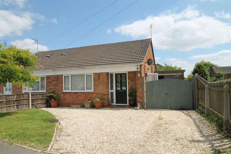 2 Bedrooms Bungalow for sale in Apple Orchard, Northway, Tewkesbury