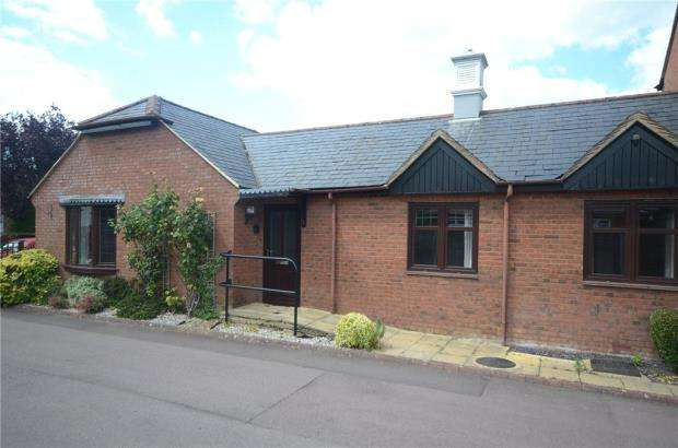 1 Bedroom Retirement Property for sale in Gate Lodge, Pegasus Court, Park Lane