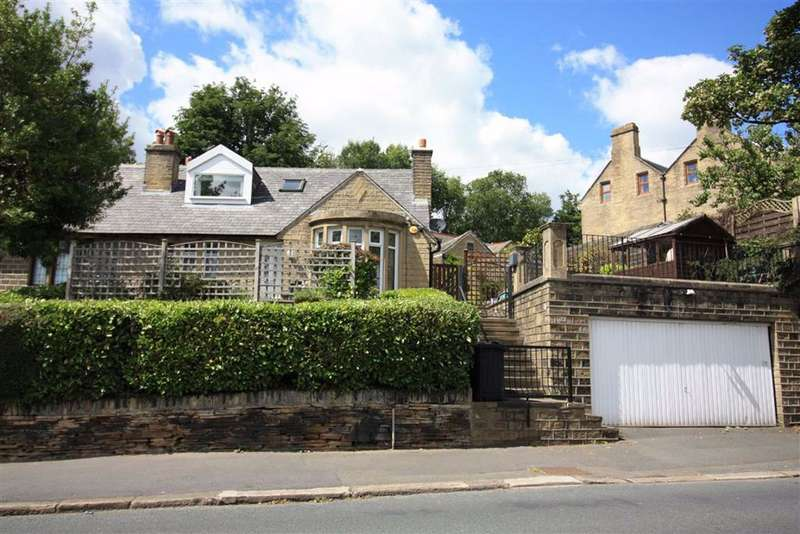 4 Bedrooms Semi Detached House for sale in Heaton Road, Gledholt, Huddersfield