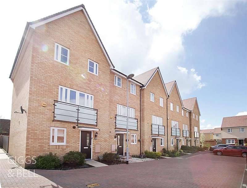3 Bedrooms House for sale in Wolseley Drive, Dunstable, Bedfordshire, LU6