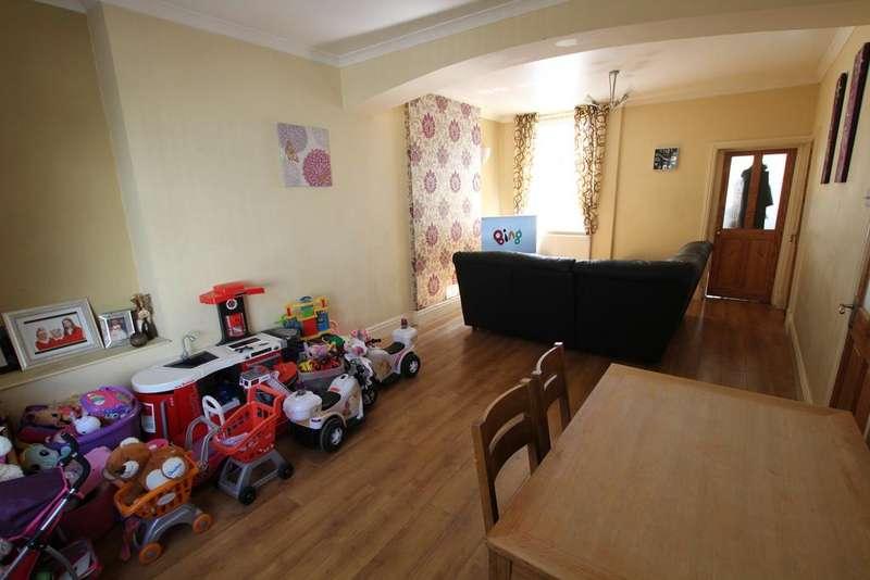 2 Bedrooms Terraced House for sale in Francis Street, Fleur de Lys, Blackwood NP12