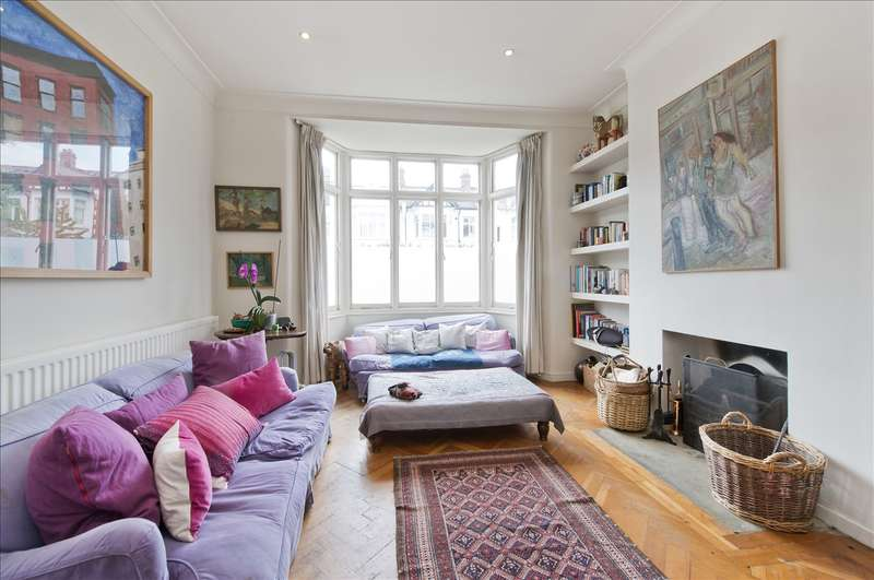 3 Bedrooms Semi Detached House for sale in Aldbourne Road, Shepherd's Bush W12