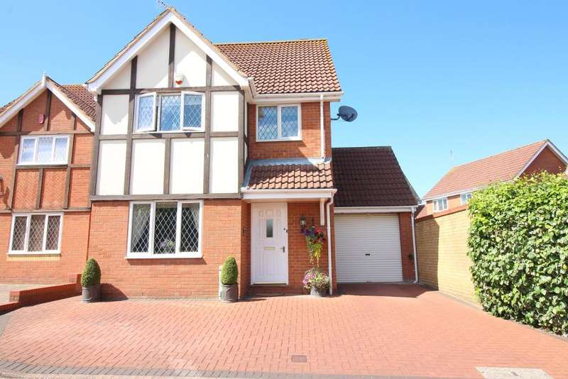 4 Bedrooms Detached House for sale in Thyme Close, Luton, Bedfordshire, LU2 7GG