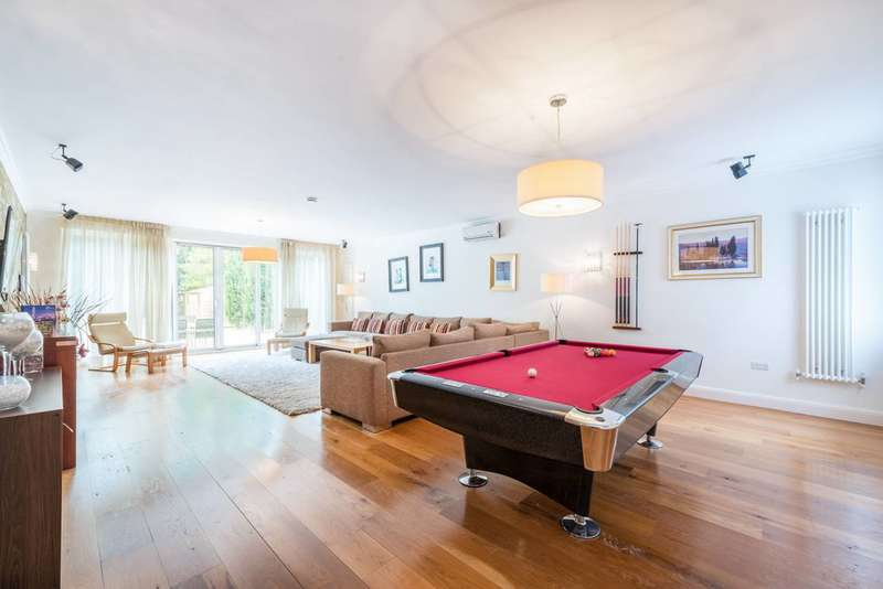 5 Bedrooms Detached House for sale in Aylestone Avenue, Brondesbury, NW6