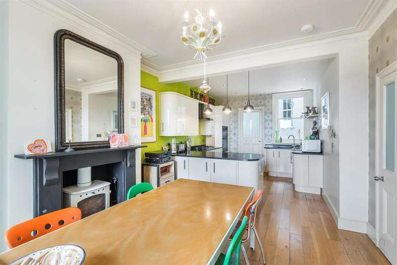 5 Bedrooms Semi Detached House for sale in Balfour Road, Brighton