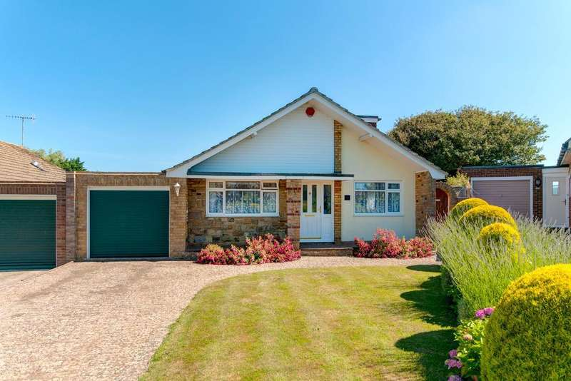 4 Bedrooms Chalet House for sale in Stirling Avenue, Seaford, East Sussex, BN25 3UN