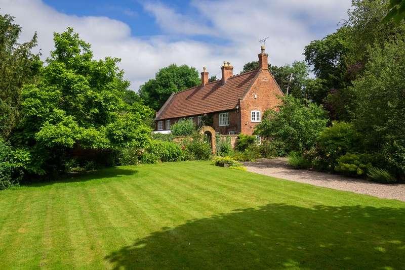 5 Bedrooms Detached House for sale in Gonalston, Nottingham