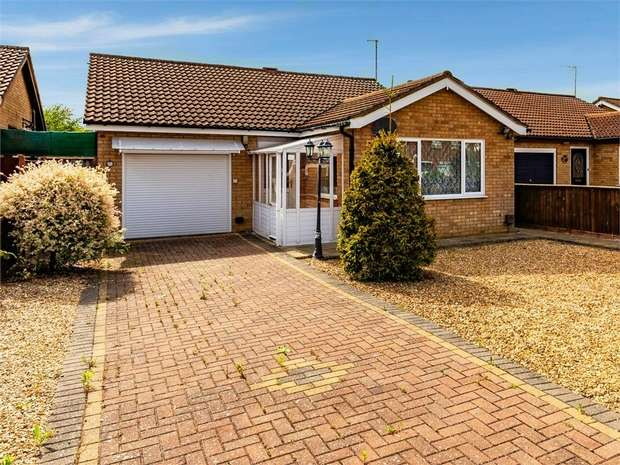 2 Bedrooms Detached Bungalow for sale in Elliott Road, March, Cambridgeshire