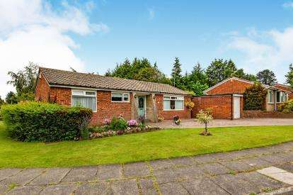 3 Bedrooms Bungalow for sale in Clare Avenue, Darlington, Co Durham