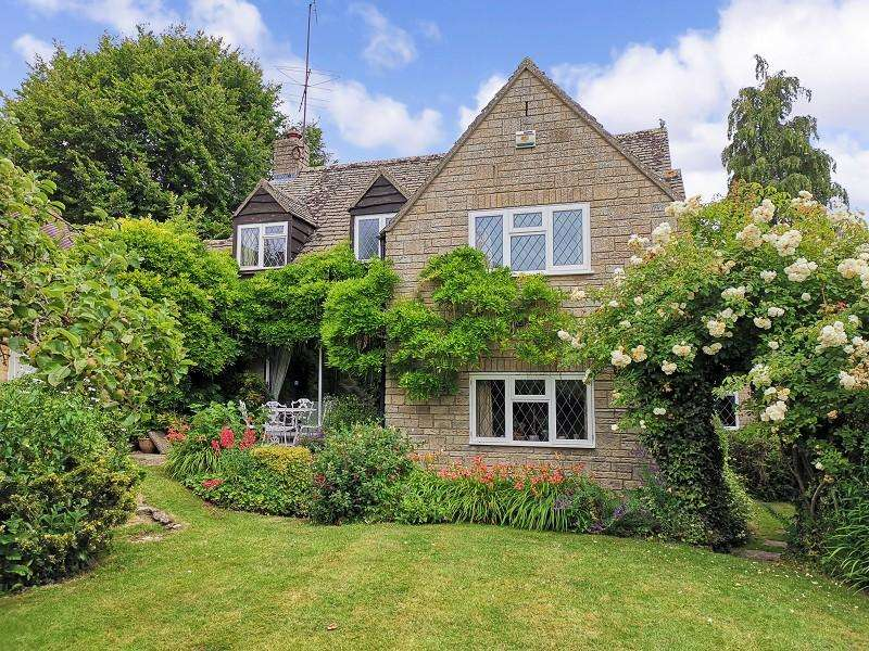 4 Bedrooms Detached House for sale in School Lane, Blockley, Gloucestershire. GL56 9HU