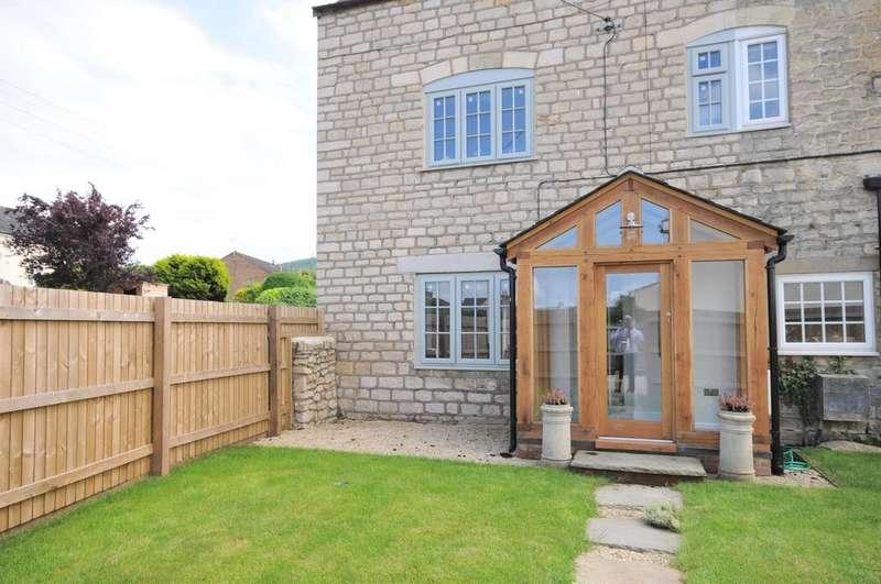 3 Bedrooms Semi Detached House for sale in Marsh Road, Leonard Stanley