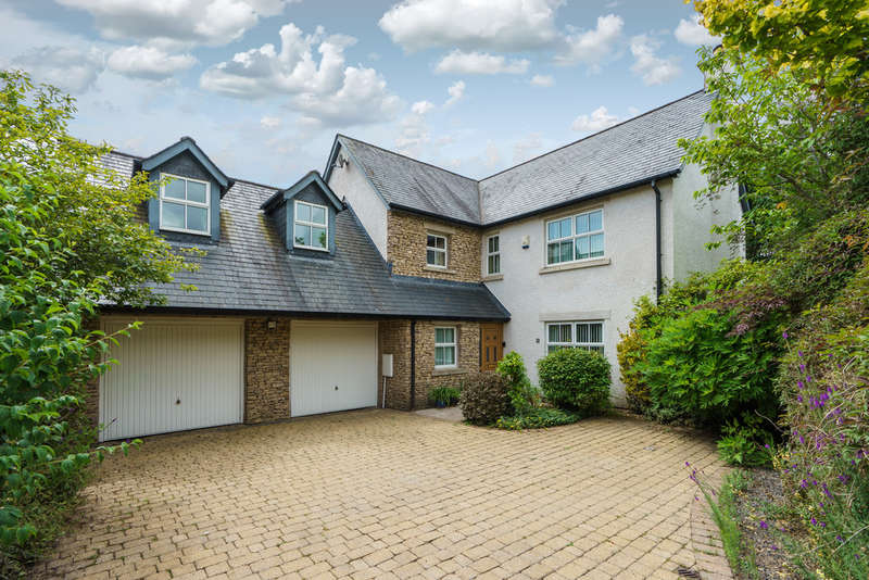 5 Bedrooms Detached House for sale in 6 Hardknott Gardens, Kendal, Cumbria LA9 7HS