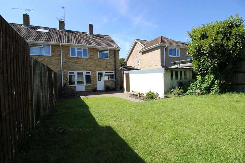 3 Bedrooms Semi Detached House for sale in Wilmington Close, Woodley, Reading, Berkshire, RG5