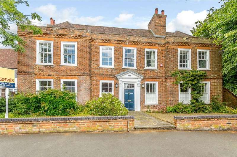 6 Bedrooms Detached House for sale in Market Square, Toddington, Bedfordshire, LU5