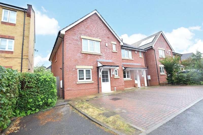 3 Bedrooms Semi Detached House for sale in Maxwell Walk, Bracknell, Berkshire, RG12