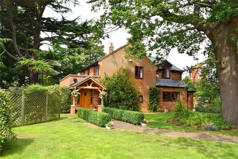 4 Bedrooms Detached House for sale in Stockgrove, Buckinghamshire